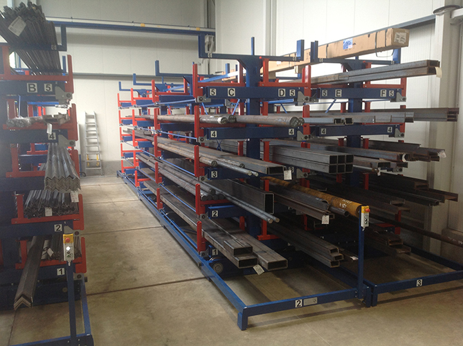 Roll out cantilever rack automated 2