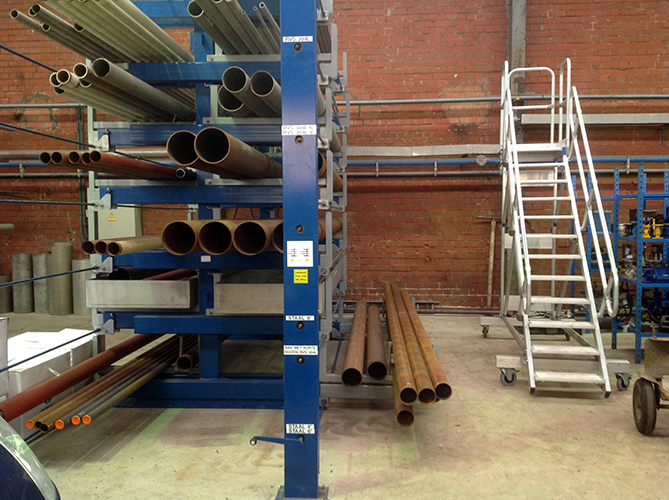 Roll out cantilever rack 4